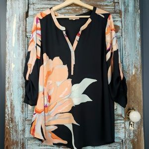 Gibson Latimer Black & Peach Floral Popover Top 2X